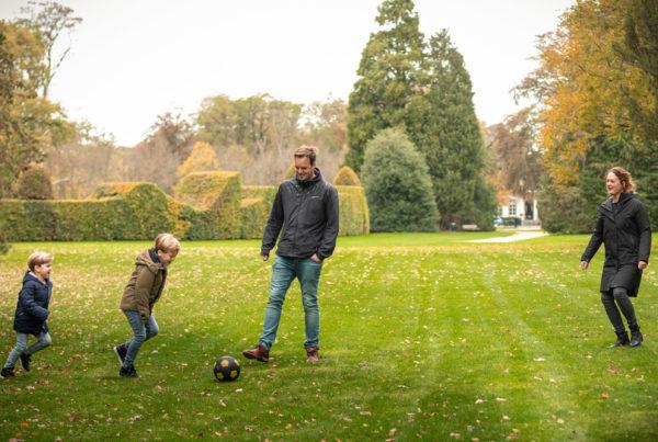 Familiefotografie, een familie fotoshoot is leuk om te doen.